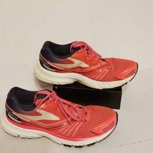 Brooks Launch 2 women's shoes size 7.5 B